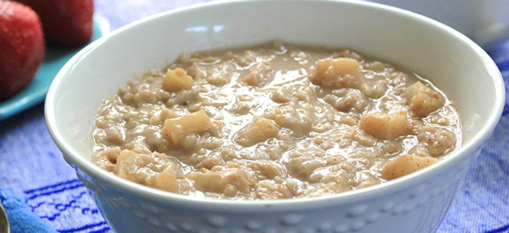 Overnight Apple Peanut Butter Oatmeal